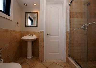 Salle de bain 2 - Avant les rénovations